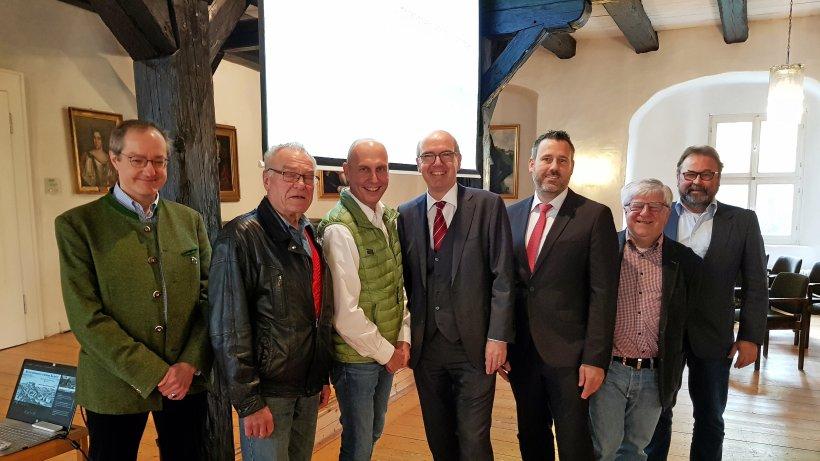 Welfenschloss: Laser-Technik für den Rittersaal - Herzberg - HarzKurier